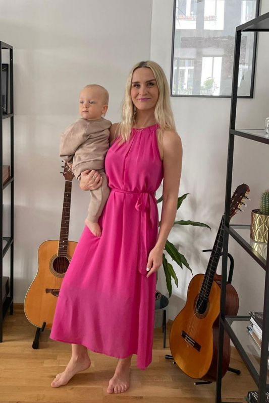Neckholder Seidenkleid in Ruby Pink