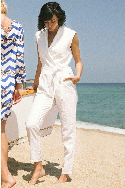Eleganter Jumpsuit in Weiss