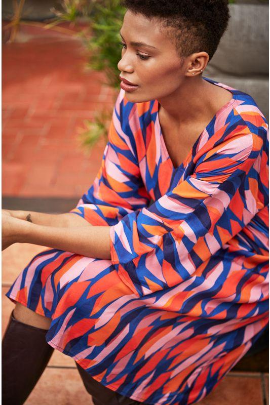 Kimono-Kleid mit Abstrakt-Muster