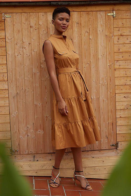 Sommerkleid in Ockerbraun mit Volant