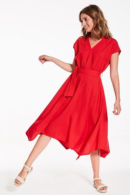 Kleid mit asymmetrischem Schnitt in Rot