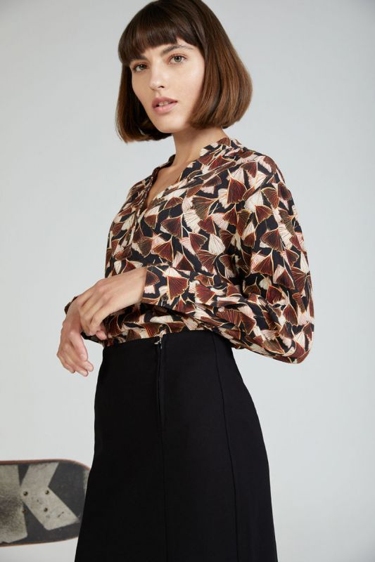 Bluse mit Ginkgo Muster