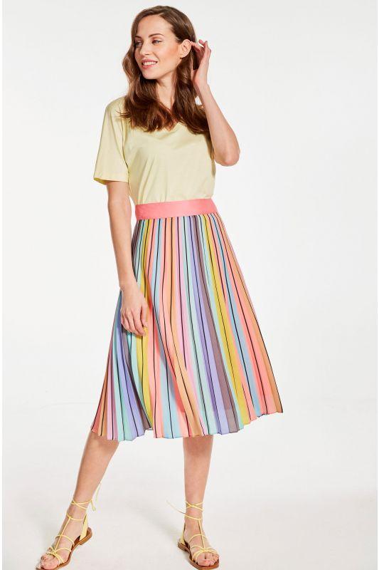 T-Shirt V-Neck in pastell Gelb